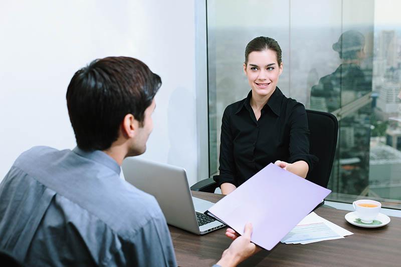 Comment le prêteur choisit-il d'octroyer un crédit?